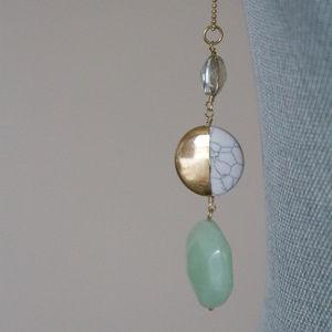 Ann Taylor LOFT Three Stone Drop Pendant Necklace